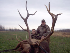 Guided Elk Hunts Give You the Best Chance to Bag a Trophy Bull